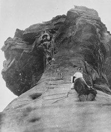 otto-climbing